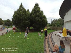 Jeux et initiation football au jardin public